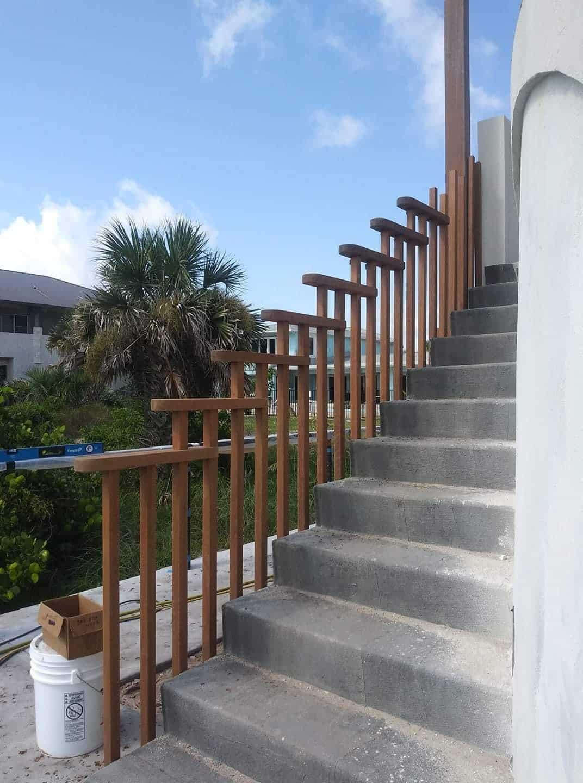Stair rail Full width